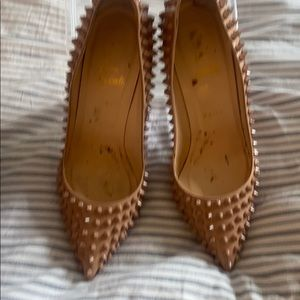 Christian Louboutin Pigalle Spikes 100 Size 40